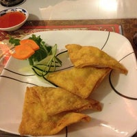 Photo taken at Hunan Chinese Restaurant by Lindsey R. on 2/9/2013