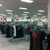 Photo taken at T.J. Maxx by Diana Disha E. on 10/25/2012