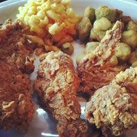 Das Foto wurde bei Paschal's Restaurant von Diaz A. am 1/10/2013 aufgenommen