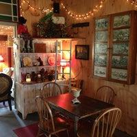 Photo taken at Hunter's Run Wine Barn by Belch S. on 1/5/2013