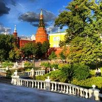 Photo taken at Aleksandrovskiy Garden by Наталия С. on 7/19/2013