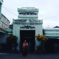 Photo taken at Masjid Agung Sunan Ampel by guide b. on 1/26/2017