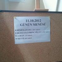 10/11/2012 tarihinde Emre K.ziyaretçi tarafından UÜ Yemekhanesi'de çekilen fotoğraf