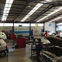 Photo taken at Planta Revisión Técnica TUV by José Patricio R. on 12/13/2012