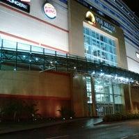 Foto tirada no(a) Via Brasil Shopping por Tom O. em 1/21/2013
