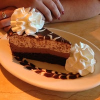 Photo taken at The Cheesecake Factory by Paris V. on 7/27/2013