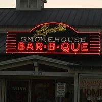Photo taken at Lucille's Smokehouse Bar-B-Que by Ruben 0. on 9/16/2013