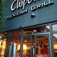 Photo taken at Chipotle Mexican Grill by Valerie M. on 10/6/2012