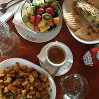 Photo taken at Omonia Cafe by Seher B. on 4/10/2016