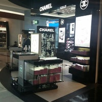 Photo taken at Terminal 3 - Check-in Area by Chanel on 8/26/2014