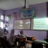 Photo taken at MANIFEST SMA 3 Padang by Fikri R. on 10/29/2013