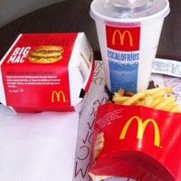Photo taken at McDonald's by Matheus S. on 12/26/2013