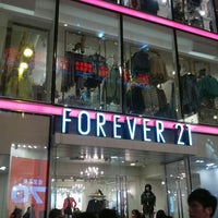 Photo taken at Forever 21 by Ming-i P. on 1/4/2013
