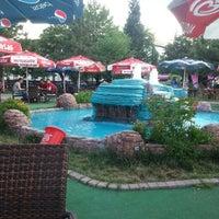 7/12/2013 tarihinde Nafiye B.ziyaretçi tarafından Türkoloji Cafe & Park'de çekilen fotoğraf