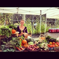 Photo taken at Dufferin Grove Farmers' Market by Reticulating S. on 10/4/2012