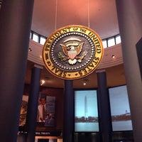 Foto tomada en Jimmy Carter Presidential Library & Museum por Nicolle D. el 6/27/2014