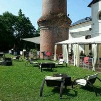 Photo taken at Restaurante/Bar Taller De Mantenimiento by Jezasoy on 7/14/2013