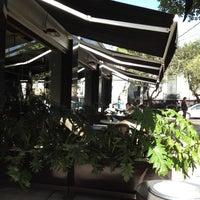 Foto tomada en Starbucks por Ana P S. el 12/27/2012