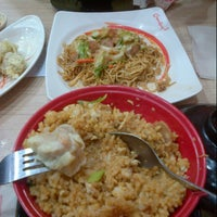 Photo taken at Chowking by Loyce L. on 8/11/2013