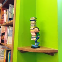 Photo taken at Book Culture by Azure Tianran Q. on 7/23/2013