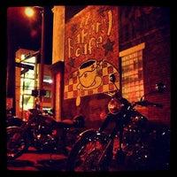 Das Foto wurde bei 821 Cafe von Grant M. am 1/30/2013 aufgenommen