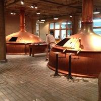 Foto tirada no(a) Anchor Brewing Company por Bryan E. em 12/5/2012