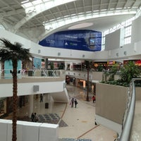 Foto tomada en Galerías Valle Oriente por Tonny A. el 2/12/2013