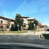 Photo taken at Olive Garden by Candy G. on 11/14/2012