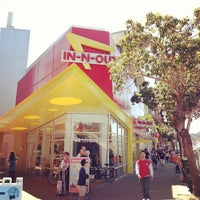 Photo taken at In-N-Out Burger by elly on 5/2/2013