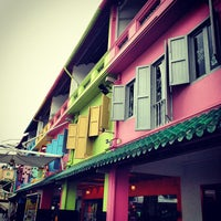 Photo taken at Clarke Quay by elly on 12/9/2012