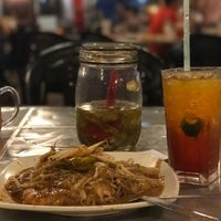 Photo taken at Adam Char Koey Teow by Firdaus A. on 1/30/2017