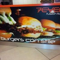 Foto scattata a 7Even Fusion Food da Alessio Pixa B. il 6/14/2013