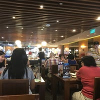 Photo taken at Din Tai Fung 鼎泰豐 by Nathan N. on 12/29/2016