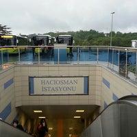 รูปภาพถ่ายที่ Hacıosman Metro İstasyonu โดย Doğuş Can T. เมื่อ 5/10/2014