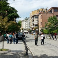 Photo taken at Yerebatan Caddesi by Doğuş Can T. on 5/4/2014
