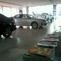 Photo taken at Toyolex Veiculos by Aline O. on 12/14/2012