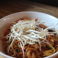 Foto scattata a Doc Chey's Noodle House da Elizabeth S. il 5/9/2013