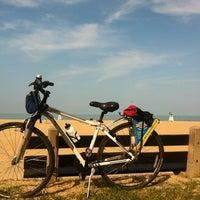 Foto scattata a Lakefront Trail Bike Turnaround da birdofprey4444 il 5/29/2013