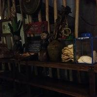 Photo taken at Dapoer Ngeboel - masakan kampoeng djawa by achel l. on 2/17/2014