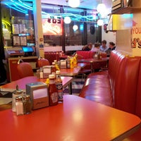 Photo taken at Ed's Easy Diner by Sylvie L. on 8/23/2013