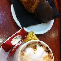Photo taken at Panet: Mos & Cafè by Mireia L. on 12/19/2012