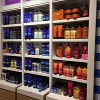 Photo taken at Bath & Body Works by Ava T. on 4/18/2017