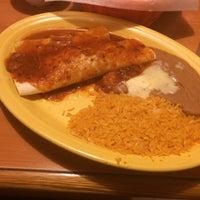 Foto scattata a El Mexicano Restaurant da Michael W. il 11/20/2015