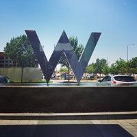 Das Foto wurde bei W Dallas - Victory von Melanie N. am 6/30/2013 aufgenommen