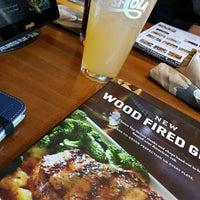 Photo taken at Applebee's Neighborhood Grill & Bar by Adela E. on 9/5/2016