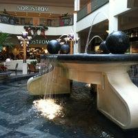 Photo taken at Perimeter Mall by Marliane R. on 12/23/2012