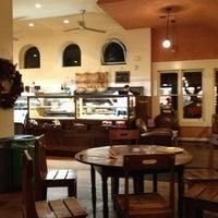 Photo taken at La Boulangerie de San Francisco by Dulce Helena Melchiori N. on 12/23/2012