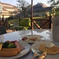 Photo taken at Doi Tung Lodge by CHERRY on 1/31/2017