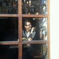 Снимок сделан в For Sale Pub пользователем Soft B. 10/4/2012