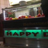 Photo taken at Happy Döner by Nicole L. on 3/19/2018